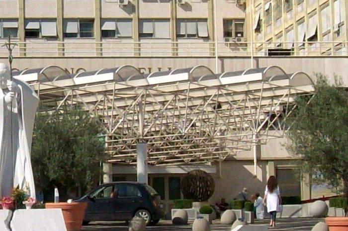 Il policlinico Gemelli a Roma