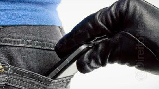 stj absolve reu furto celular devolvido