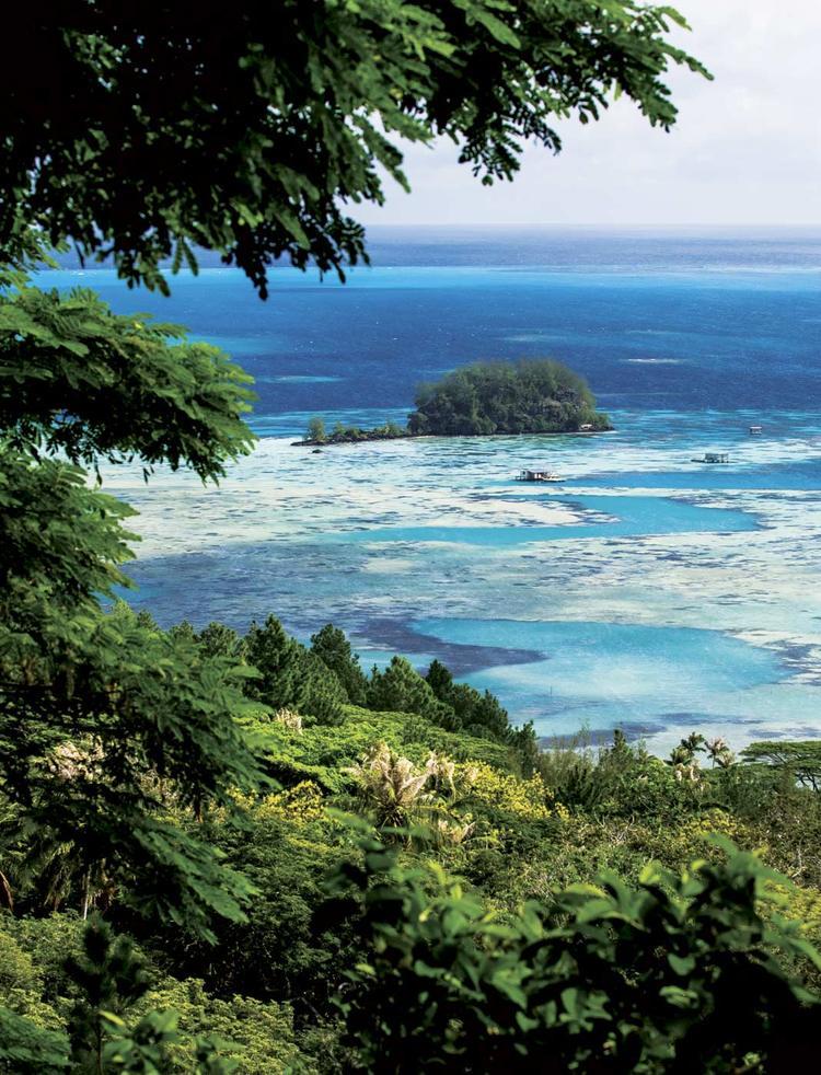Paysage de l'archipel des Gambier. ©Benthouard.com