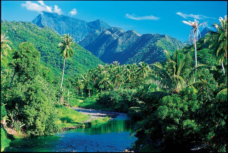 Le lac Vaihiria, au coeur de l'île de Tahiti.