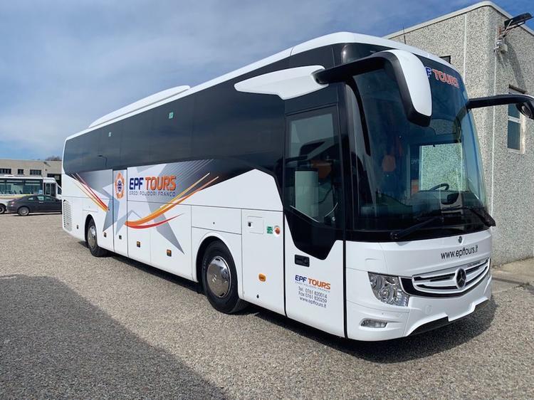 Consegna Mercedes-Benz 2021 a EPF Tours
