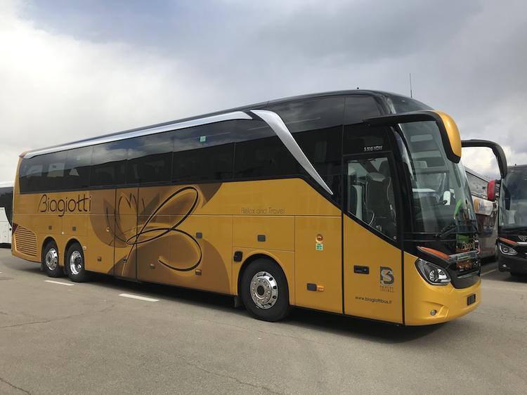 Consegna Setra 2021 a Biagiotti
