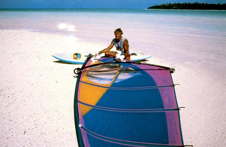Jean-Pierre Marquant : le coureur d'atolls, planche à voile