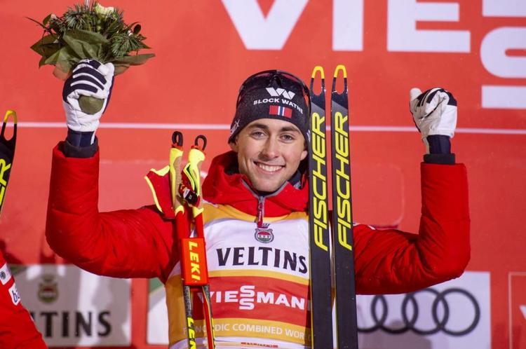 COMBINE NORDIQUE - Sans surprise, Jarl Magnus Riiber a dominé le 5 km du premier concours de l'hiver en coupe du monde de combiné nordique.
