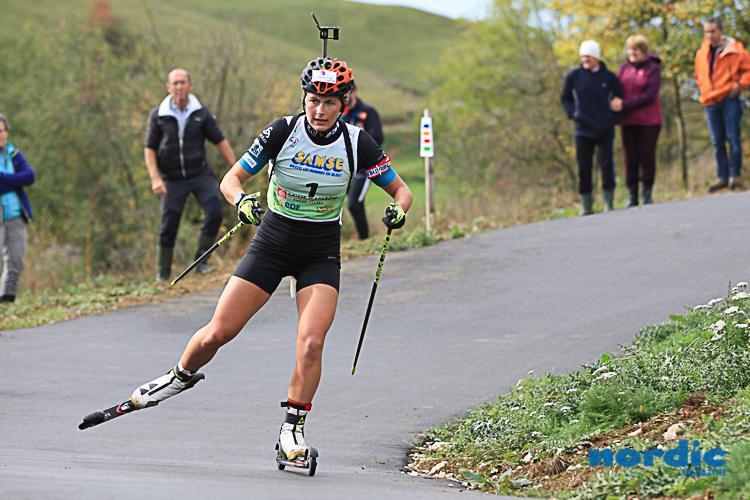 BIATHLON - Arçon a accueilli ce week-end les championnats de France de biathlon d'été. Retour en photos sur les poursuites dames remportées par Anaïs Bescond, Camille Bened et Jeanne Richard.