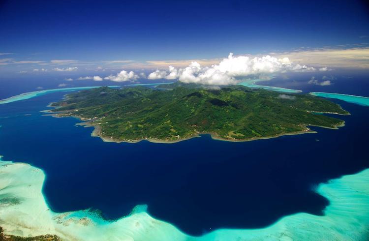 Vue aérienne de l'île de Taha'a