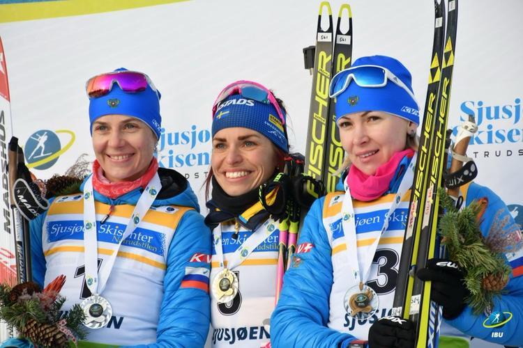 PODIUM IBU CUP SJUSJOEN victoire d'Elisabeth Hoegberg, Camille Bened accroche le top 10
