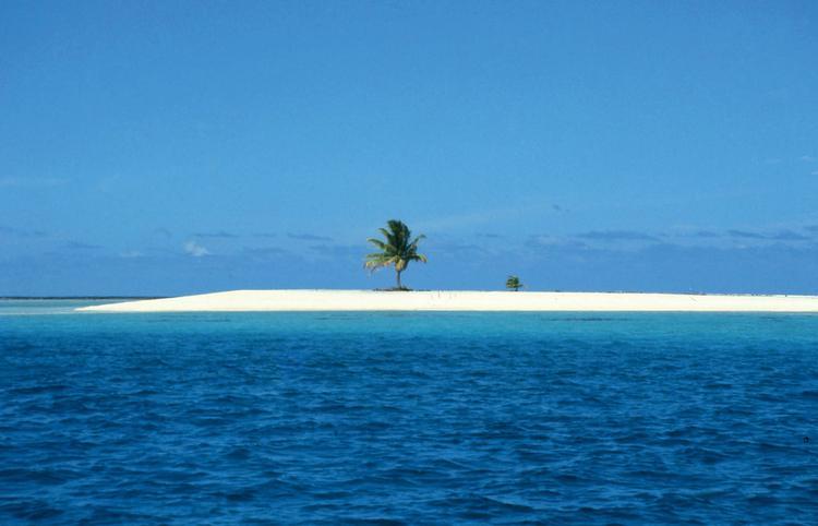 Jean-Pierre Marquant : le coureur d'atolls, banc de sable blanc